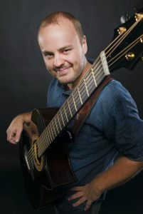 andy-mckee-guitar-lessons