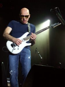 joe-satriani-guitar-lessons